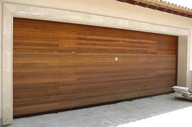 Basculant de fusta