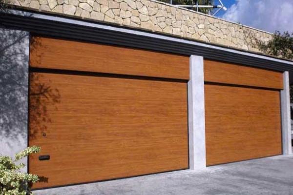 Seccional imitació de de fusta
